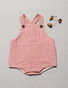 Cute little romper from Zara! Baby Outfits, Outfits Niños, Cute Outfits For Kids, Cute Kids, Little Babies, Cute Babies, Baby Kids, Baby Boy, Fashion Kids