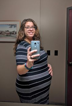 Look at that bump. I know I've been pretty quiet lately, but life moves forward . Delicious Vegan Recipes, Pregnancy, Veggies, Blog, Fashion, Yummy Vegan Recipes, Moda, La Mode, Tasty Vegan Recipes