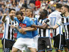Udinese-Napoli 3-1. Finisce così il sogno scudetto degli azzurri. Sarri: Conduzione della gara non esemplare