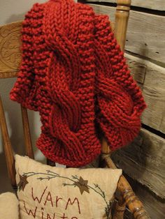 Cable knit scarf - so chunky and cosy #scarf #cable_knit