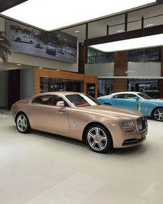 Rose Gold Rolls Royce Wraith  || Abu Dhabi || Ghost || Phantom || Car || lifestyle || millionaire || coupe || #AbuDhabiMotors