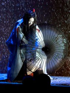"Stage performance from the movie ""Memoirs of A Geisha"""