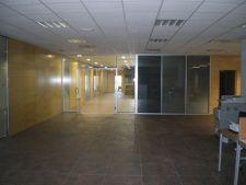 Mamparas cristaleras Hardwood Floors, Flooring, Offices, Wood Floor Tiles, Wood Flooring, Floor