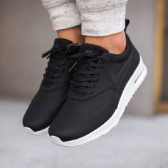 Women's sneakers. Sneakers happen to be a part of the world of fashion more than you may think. Present day fashion sneakers carry little resemblance to their earlier forerunners but their popularity continues to be undiminished.