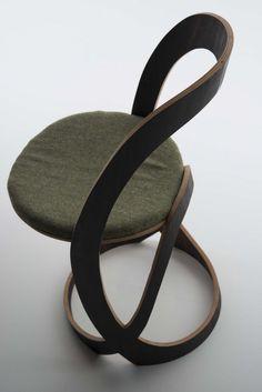 design elegant Pi Chair