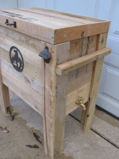 "This is a really cool cooler made from pallet wood--Tara's dad would love it (it's called the ""Cowboy Cooler,"" ha)"