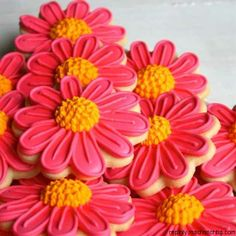 Beautiful way to decorate cookies for spring!