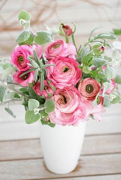silver with pink ranunculus