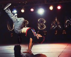 Victor Kim of Quest Crew. B-boy extraordinaire. Sick moves.