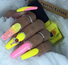 Strawberry Margarita ❤️ Set By : Crystal ✨✨ Pinterest: hair,Nails,And Style❗️