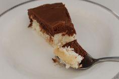 Iselins Kaker: Bountykake Norwegian Food, Norwegian Recipes, Tiramisu, Cake Recipes, Ethnic Recipes, Desserts, Cakes, Food Cakes, Deserts