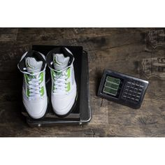 f77cc3635ddccf  89.99 Retro 5 Bel Air Jordan Limited Edition Sneakers