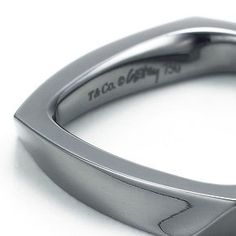Tiffany's Frank Gehry®  Torque ring