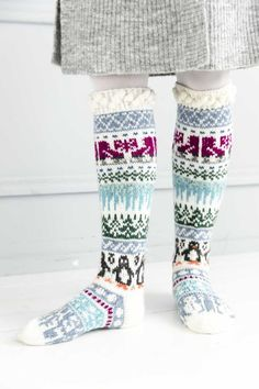 kuva Wool Socks, Knitting Socks, Rainbow Dog, Men In Heels, High Shoes, Yarn Needle, Leg Warmers, Mittens, Knitting Patterns