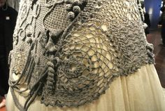 detalle del vestido de Gaultier