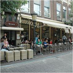 Broers stadscafe-restaurant in Utrecht , cadeaubon Ontbijt met Bubbels - Bongo