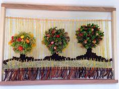 telares decorativos de arboles - Buscar con Google Weaving Textiles, Weaving Art, Rope Art, School Art Projects, Textile Art, Fiber Art, Lana, Macrame, Creations