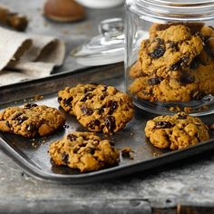 All-Bran™ Old Fashioned Spice Cookies Recipe - Filled with raisins, these spicy-sweet cookies are a fresh take on an old favourite. Spice Cookies, Sweet Cookies, Oatmeal Cookies, Sweet Treats, Cereal Recipes, Cookie Recipes, All Bran, Apple Harvest, Healthy Snacks For Kids