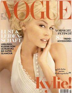 Kylie Minogue by Vincent Peters Vogue Deutsch May 2008 Vogue Magazine Covers, Vogue Covers, Kylie Minogue, Dannii Minogue, Celebrity Photography, Vogue Uk, Glamour, Vogue Australia, Trends