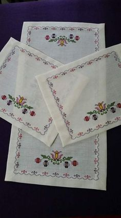 See related links to what you are looking for. Cross Stitch Embroidery, Hand Embroidery, Embroidery Designs, Cross Stitch Heart, Cross Stitch Flowers, Cross Stitch Designs, Cross Stitch Patterns, Swedish Weaving, Cross Art