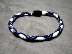 ► The X-wrap Hair Wrapping Pattern (The Hippie Friendship Bracelet) -good instructions