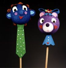 Giant fantacy stick puppets makes any day a fun day. And with the help of Kathleen George you can make it in four easy steps.