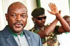 Situation socio-politique actuelle du #Burundi #Nkurunziza    Pour mieux comprendre la situation socio-politique actuelle du Burundi il faut remonter quelques mois avant le déclenchement de la crise pour montrer qu'il y avait des signes qui prévalent d'une imminente tragédie. Ceux-ci sont matérialisés par des faits ci-après et dont la liste est longue ;  La distribution d'armes aux imbonerakures par les agents du service national de renseignement en collaboration avec les autorités locales…