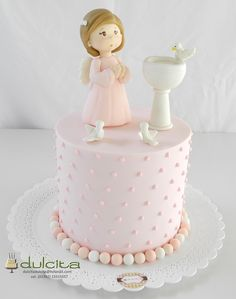 Communion cake Boys First Communion, First Communion Cakes, Pretty Cakes, Beautiful Cakes, Cake Decorating Tutorials, Girl Cakes, Fondant Cakes, Baby Shower Cakes, Christening