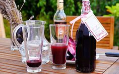 Home Canning, Alcoholic Drinks, Food And Drink, Table Decorations, Mugs, Tableware, Glass, Liqueurs, Syrup