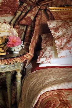 I've always wanted to do a guest bedroom with layers of toile and pattern upon pattern in the same colorway.... So your guest feel super cozy