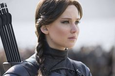 """Jennifer Lawrence won """"Favorite Actress"""" at the Kids Choice Awards 2016 for her role as Katniss Everdeen in Mockingjay Part 2 The Hunger Games, Hunger Games Mockingjay, Mockingjay Part 2, Hunger Games Catching Fire, Hunger Games Trilogy, Katniss Everdeen, Breaking Dawn, Tribute Von Panem Katniss, Jennifer Lawrence Hunger Games"""