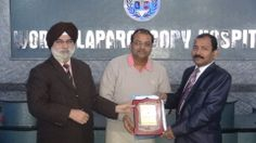 Dr. Jitendra Jindal receiving certificate of Fellowship in minimal access Surgery at World Laparoscopy Hospital. For more detail please log on to www.laparoscopyhospital.com