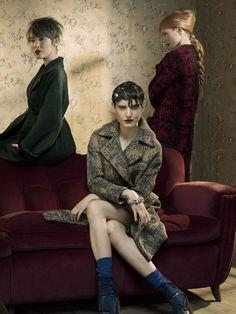 Mitù, marchio di parrucchieri partner diWella, ha presentato per la stagione fredda un'interessante collezione hairstyling dal titolo Chic, s'il vous plaît che esprime uno stile moderno alquanto v...