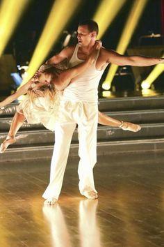 Dancing with the Stars Season 16, Week 1: Kym Johnson and Ingo Rademacher #Australia #celebrities #KymJohnson Australian celebrity Kym Johnson loves http://www.kangadiscounts.com