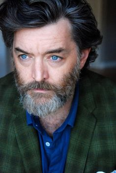 Timothy Omundson (Lassiter on Psych, Brom Garret on Deadwood, Simon on Booth at the End, Sean Potter on Judging Amy, plus he's been on Warehouse 13, Boston Legal, Jericho, Cold Case, 24, Nip/Tuck, etc. and currently on Galavant!)