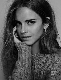 En esta fotografía Emma Watson desprende pura sensualidad.