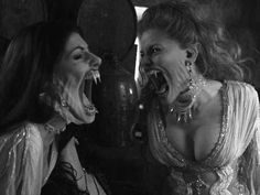 Werewolf Vs Vampire, Female Vampire, Vampire Girls, Near Dark, Alone In The Dark, Dracula, Vampires, Underworld Kate Beckinsale, Female Werewolves
