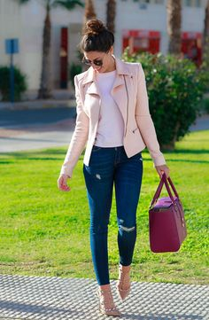 53 Fashionable Outfit Trends Trending This Winter - Luxe Fashion New Trends - Fashion for JoJo Classy Outfits, Chic Outfits, Spring Outfits, Fashion Outfits, Pink Blazer Outfits, Work Outfits, Look Blazer, Mode Jeans, Outfit Trends