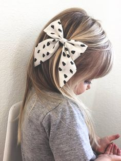 not necessarily this bow...but some from FREE babes... the smaller ones are better!