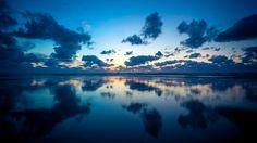 Nieuw in mijn Werk aan de Muur shop: Blauwe uurtje boven Ameland