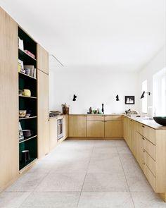 Minimalist Decor, Modern Minimalist, Kitchen Trends, Beautiful Kitchens, Terrazzo, White Wood, New Kitchen, New Homes, Kitchen Cabinets