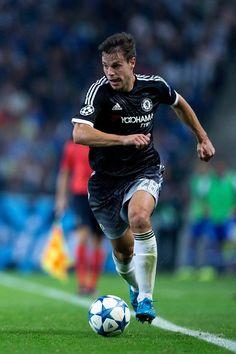 Cesar Azpilicueta Photos - FC Porto v Chelsea FC - UEFA Champions League - Zimbio