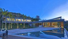 Residência Vale dos Cristais / Anastasia Arquitetos   ArchDaily Brasil