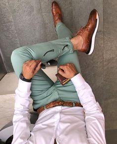 Mens Style Discover Men& white shirt and green chino pants - kvinnersko Suit Fashion New Fashion Trendy Fashion Trousers Fashion Fashion Spring Men Summer Fashion Classy Mens Fashion Fashion Ideas Feminine Fashion Mens Fashion Suits, Trendy Fashion, Trousers Fashion, Fashion Fashion, Feminine Fashion, Fashion Spring, Fashion Menswear, Fashion Outlet, Fashion Ideas