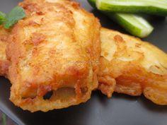 Kto nie zna smaku ryb z nadmorskich smażalni powinien ten przepis wypróbować, naprawdę warto. Pollock w cieście piwnym. Baked Salmon, Fish Dishes, Fish And Seafood, Food And Drink, Appetizers, Menu, Chicken, Baking, Recipes