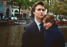 Hazel Grace Lancaster e Augustus Waters! Hazel Grace Lancaster, John Green Books, Augustus Waters, Star Quotes, Book Quotes, Tfios, The Fault In Our Stars, Film Serie, Celebs