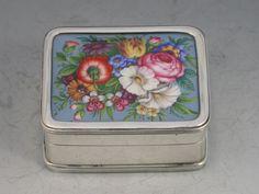 Edwardian Silver & Enamel English Flowers Pill Box | Steppes Hill Farm Antiques | http://www.steppeshillfarmantiques.com/silver-and-porcelain/silver/boxes