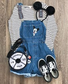 casual outfits summer Casual outfit idea are also very important than all the other kind of outfit idea . Cute Disney Outfits, Disney World Outfits, Disney Themed Outfits, Disneyland Outfits, Disney Clothes, Disney Bound Outfits Casual, Teen Fashion Outfits, Mode Outfits, Outfits For Teens