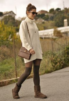 Shortkat Fashionista : How to Wear Knee High Socks: 19 Stylish Outfit Ideas