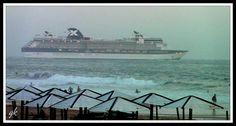 A praia a ver o navio